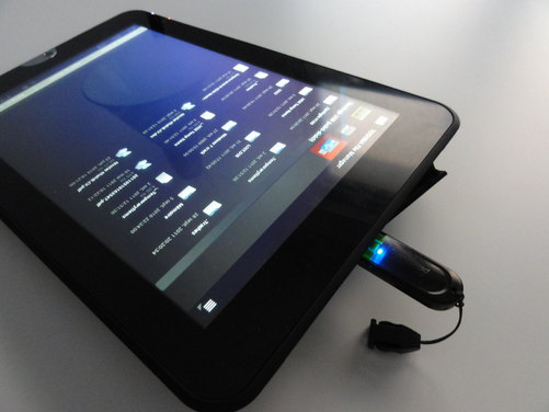 tablette tactile avec port usb maison design. Black Bedroom Furniture Sets. Home Design Ideas