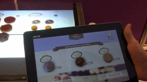 Concept de boulangerie interactive : table numérique et tablette tactile #GeekGourmand