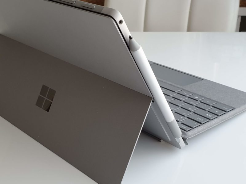 Fixation stylet Surface Pro 6